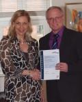 Verleihung der Urkund zur 5 Sterne Klassifizierung DTV durch den Bürgermeister